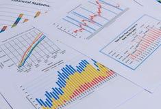 Cartas e gráficos de negócio Foto de Stock