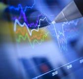 Cartas e mercados de negócio Foto de Stock Royalty Free