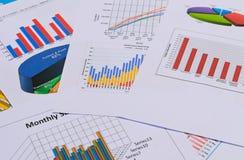 Cartas y gráficos de negocio Fotografía de archivo