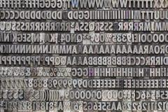 Cartas y números del metal de la vendimia Fotografía de archivo