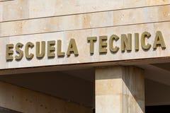 Cartaz da escola técnica no espanhol imagens de stock