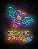 Cartaz do fulgor do vintage com abelha e Honey Inscription orgânico ilustração do vetor