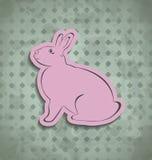 Cartaz feliz do vintage da Páscoa com coelho cor-de-rosa Fotografia de Stock Royalty Free