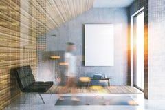Cartaz interior do banheiro cinzento e de madeira do sótão tonificado imagens de stock