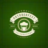 Cartaz ou cartão do vintage de Oktoberfest Imagens de Stock