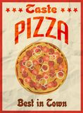Cartaz retro do vintage da pizza no papel amarrotado para o restaurante Imagens de Stock Royalty Free