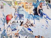 Cartazes rasgados Arte urbana Fotografia de Stock Royalty Free