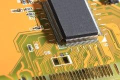 Carte électronique avec les composants électriques Photographie stock