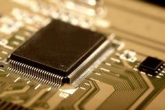 Carte électronique avec les composants électriques Photos libres de droits