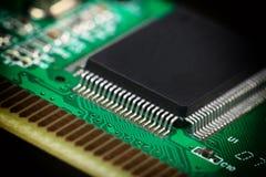 Carte électronique avec les composants électriques Images libres de droits