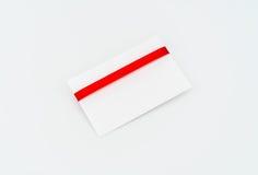 Carte avec les proues rouges de bandes Photos stock