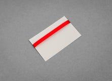 Carte avec les proues rouges de bandes Image libre de droits