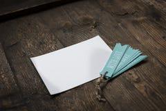 carte blanche avec amour bleu d'étiquette Photographie stock