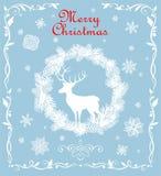 Carte bleue en pastel de salutation de rétro Noël avec la guirlande, les flocons de neige et les cerfs communs de papier coupés d Images stock