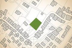 Carte cadastrale imaginaire de territoire avec un avai vert gratuit de terre images stock