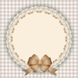 Carte cadeaux avec la dentelle, ruban, ruban en soie, endroit pour le texte Images libres de droits