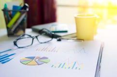 Carte con i grafici Immagini Stock