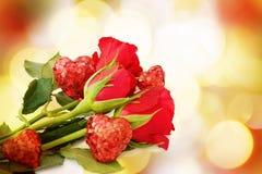 Carte d'amour avec des roses Image libre de droits