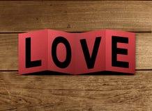 Carte d'amour sur la table Photo libre de droits