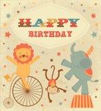 Carte d'anniversaire de cru avec des animaux de cirque Images stock