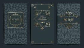 Carte d'or de vintage Illustration de vecteur pour la rétro conception Cadre élégant d'or Ensemble de label Fond de luxe d'invita Image libre de droits