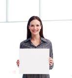carte d'importantes affaires affichant le femme de sourire photographie stock libre de droits