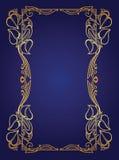 Carte d'invitation avec la guirlande de mariage de fleur d'or dans le style d'Art nouveau Photographie stock