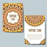 Carte d'invitation avec le mandala Ornement décoratif pour le design de carte Élément de mandala de vintage Photographie stock