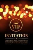 Carte d'invitation de VIP avec le fond rougeoyant d'or et de bokeh Conception élégante de luxe de la meilleure qualité illustration libre de droits