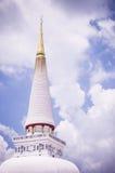 Carte da parati bianche ed ambiti di provenienza della vecchia luce bianca del tempio Fotografie Stock Libere da Diritti