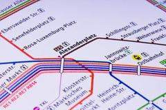 Carte de Berlin U Bahn Avec ses dix lignes, l'U-Bahn au fond, s Photographie stock libre de droits