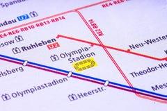 Carte de Berlin U Bahn Avec ses dix lignes, l'U-Bahn au fond, s Photos stock