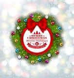 Carte de célébration avec la guirlande et les boules de Noël Photographie stock