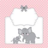 Carte de calibre de vecteur avec les éléphants mignons et la polka Dot Background Photos stock