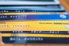 Carte de crédit haute étroite pour l'achat affaires, mode de vie, technologie, commerce électronique et concept en ligne de paiem photographie stock