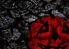 Carte de fond pour des salutations Halloween sur la terre criquée Photographie stock libre de droits