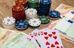 Carte de jeu avec l'euro, puces Photographie stock