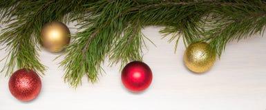 Carte de Joyeux Noël Thème de Noël d'hiver An neuf heureux snowing Photo libre de droits