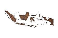 Carte de l'Indonésie sur le métal rouillé photos stock