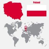 Carte de la Pologne sur une carte du monde avec l'indicateur de drapeau et de carte Illustration de vecteur illustration stock