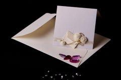 Carte de mariage avec l'enveloppe Images libres de droits