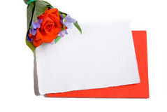 Carte de message avec des fleurs photos libres de droits