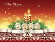 Carte de Noël avec 2015 avec des boules et des bougies Image libre de droits