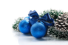 Carte de Noël avec des boules de Noël Photographie stock libre de droits