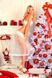 Carte de Noël avec la fille Pin- Photos libres de droits