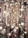 Carte de Noël de conte de fées avec la texture en bois et le snowfl en baisse Photographie stock libre de droits