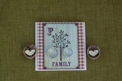 Carte de noix d'anneaux de mariage Photo stock