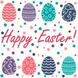 Carte de Pâques avec des oeufs de pâques sur le fond blanc Images libres de droits