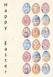 Carte de Pâques heureuse lumineuse Oeufs de pâques dans le style ethnique abstrait Fond élégant de vacances Images stock
