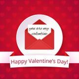 Carte de Saint-Valentin sur un fond rouge lumineux avec des coeurs Texte heureux de Saint-Valentin sur un ruban Lettre d'amour Photo stock